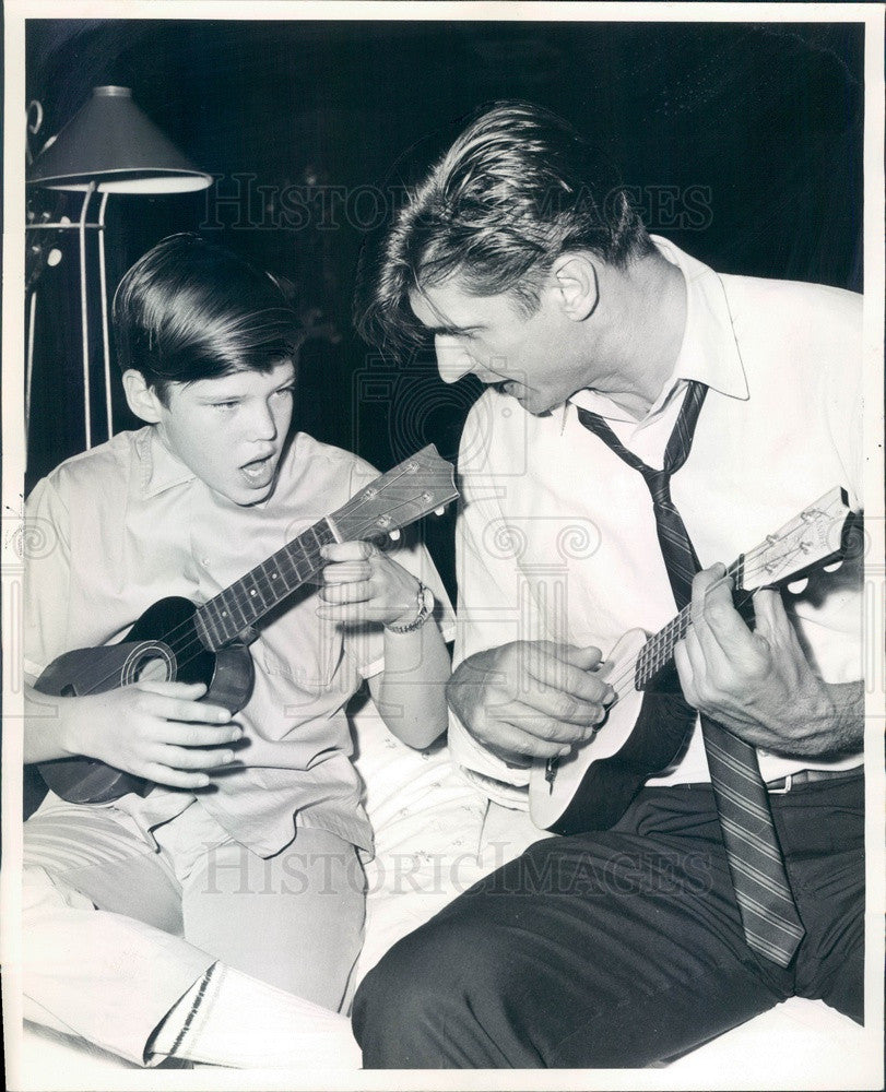 1964 Actors William Andrews & George Paulsin in A Thousand Clowns Press Photo - Historic Images