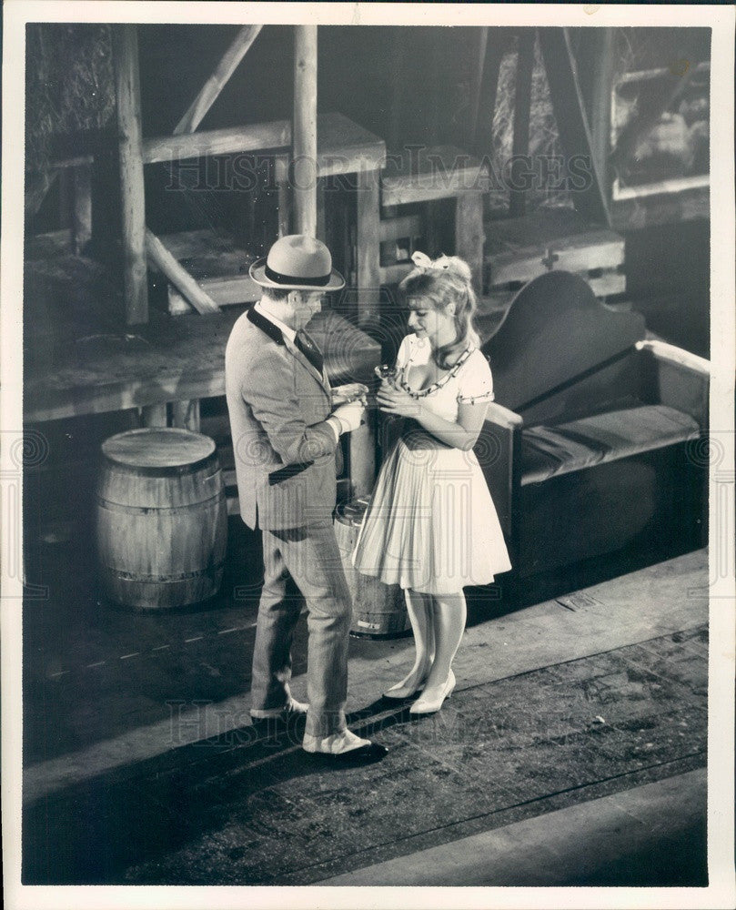 1963 Broadway/Opera Actor Robert Rounseville & Gail Johnston Press Photo - Historic Images