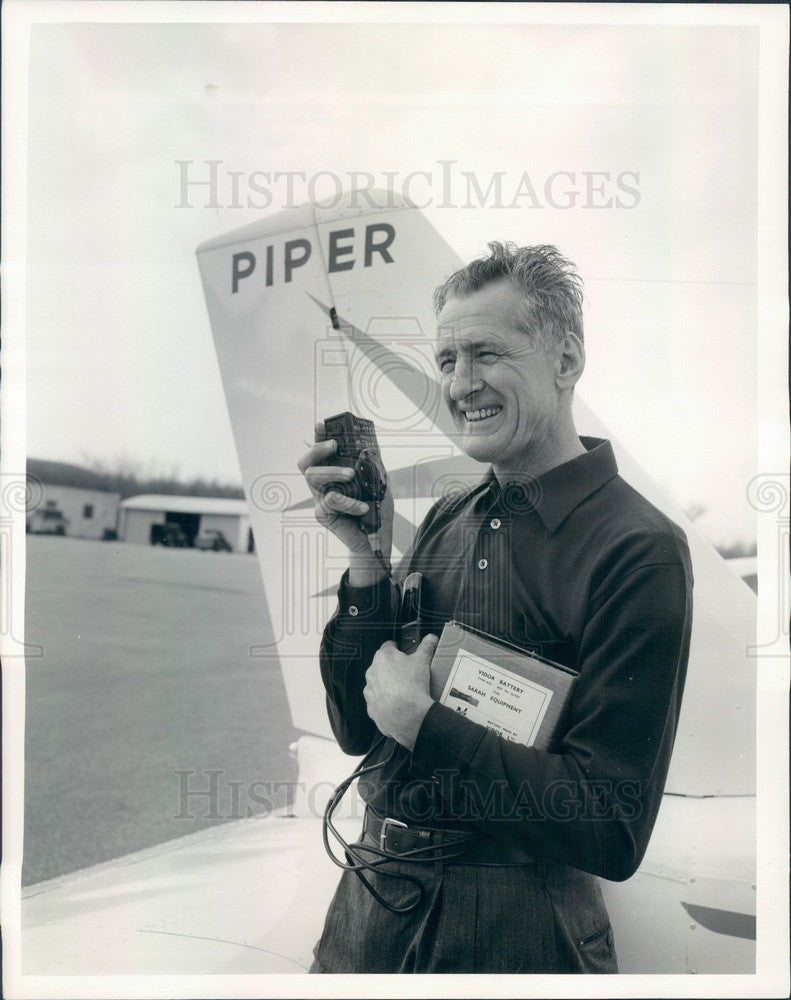1959 US Aviator Max Conrad, The Flying Grandfather, Light Plane WRH Press Photo - Historic Images