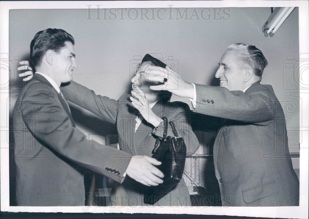 1955 Detroit, Michigan WWII Russian Slave Labor Camp Prisoners Press Photo - Historic Images