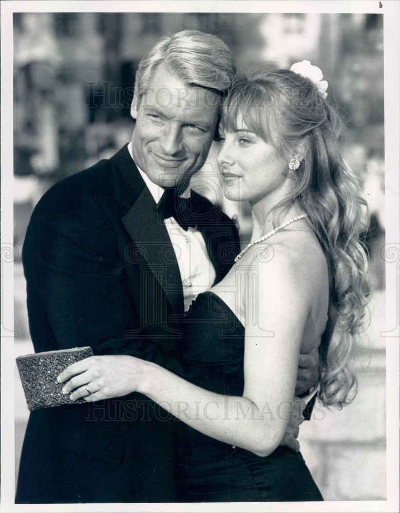 1989 American Hollywood Actors Perry King/Chynna Phillips in Roxanne Press Photo - Historic Images