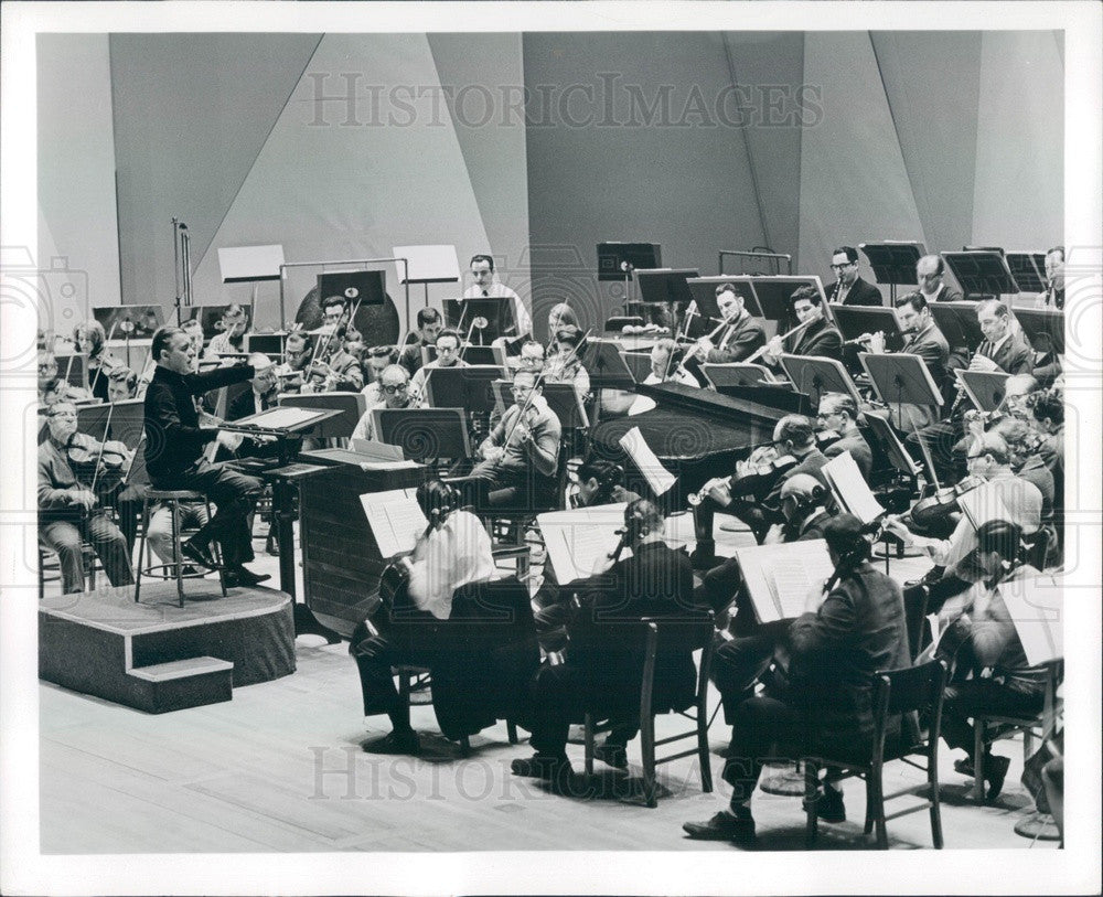 1968 Detroit, Michigan Symphony Orchestra & Conductor Sixten Ehrling Press Photo - Historic Images