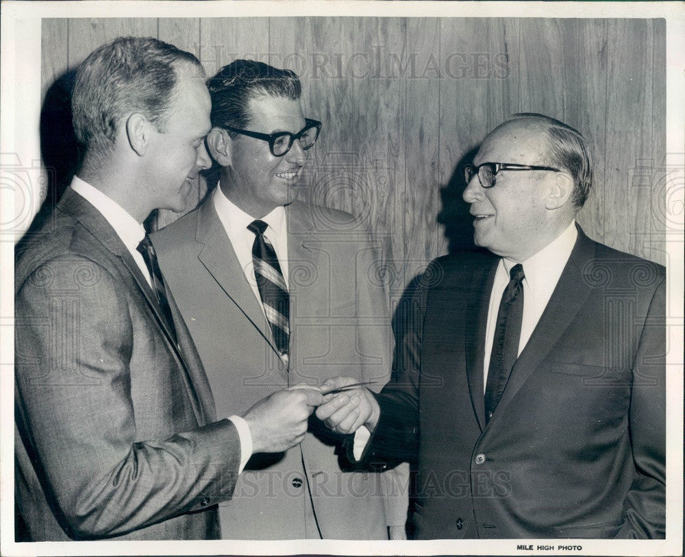 1968 Denver, CO Children's Asthma Research Inst Pres Arthur Lorber Press Photo - Historic Images