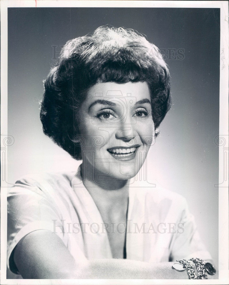 1967 Beauty Columnist Lydia Lane Press Photo - Historic Images