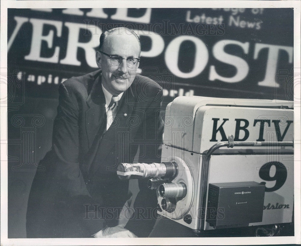 1958 Denver, Colorado KBTV News Commentator Arthur Gaeth Press Photo - Historic Images
