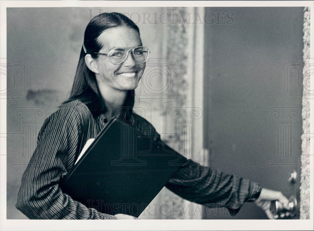 1985 Denver, Colorado First Woman Firefighter Heather Larson Press Photo - Historic Images