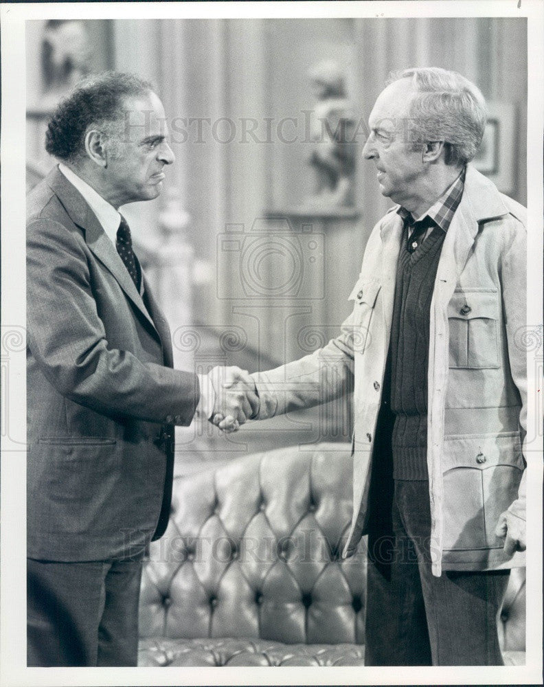 1981 Actors Conrad Bain & Phil Sterling on Diff'rent Strokes Press Photo - Historic Images