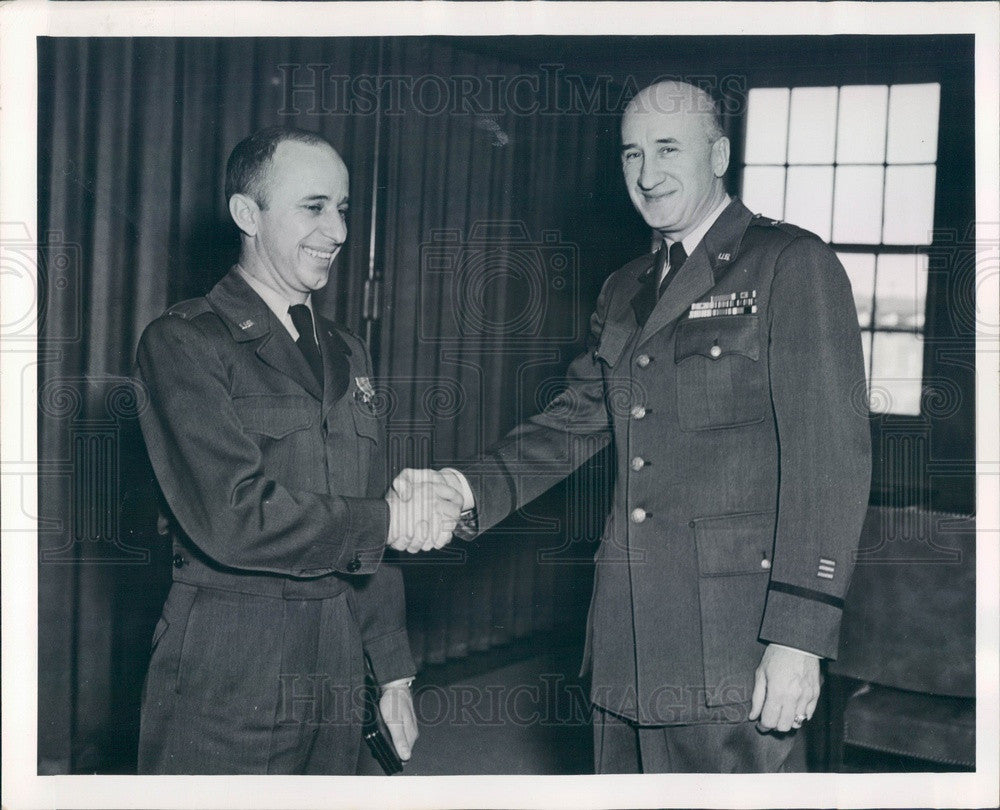 1952 US Air Force Finance Center Cmdr Brig Gen John Gilchrist Press Photo - Historic Images