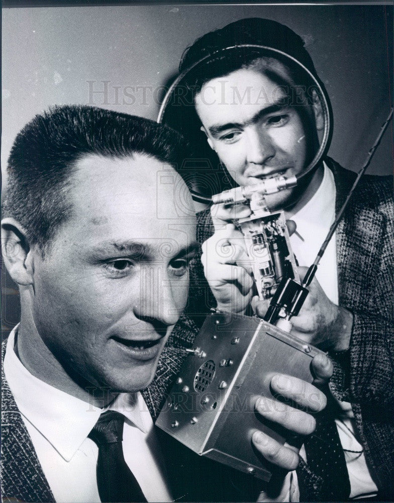 1961 Denver, Colorado Ham Radio Club VP Ray Raney & Fontaine LaRue Press Photo - Historic Images