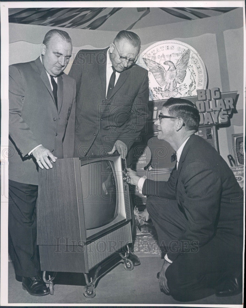 1963 Admiral TV, Denver, CO Distributor Robert Griffin Press Photo - Historic Images