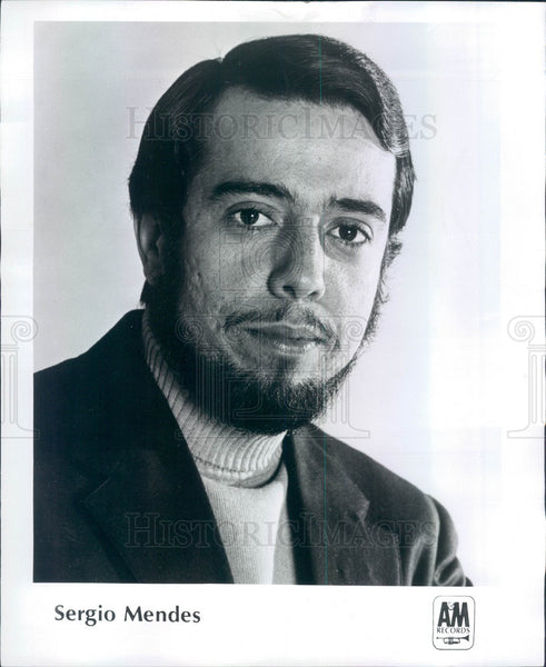 1969 Brazilian Musician Sergio Mendes Press Photo - Historic Images