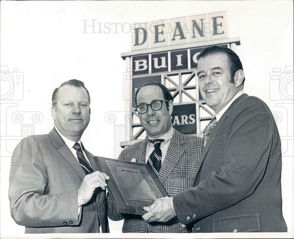 1972 Denver, Colorado Deane Buick President Dick Deane Press Photo - Historic Images