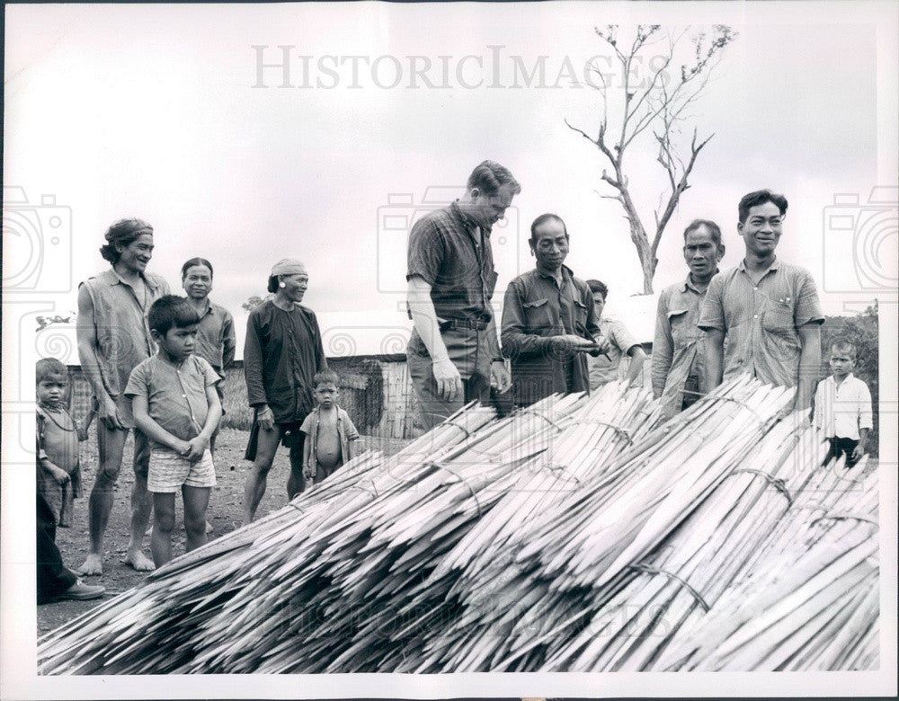 1965 S Vietnam, US Operations Mission Rep George Gaspard Press Photo - Historic Images