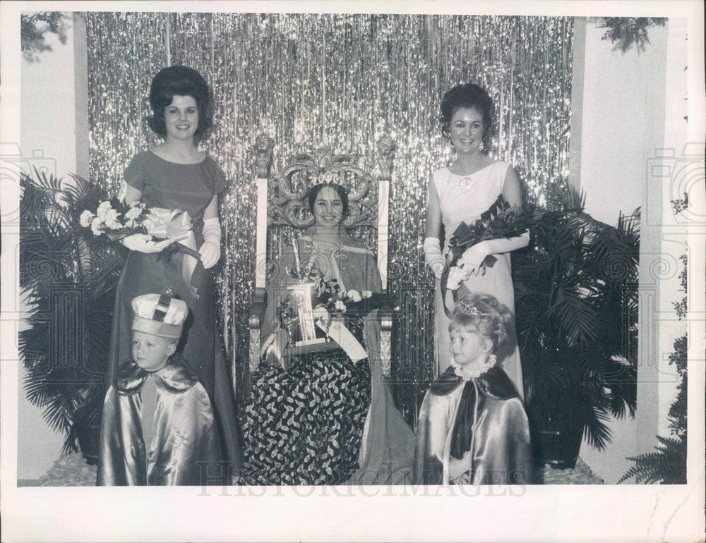 1970 Miss Pasco County, Florida Helen Waters, Linda Sue Wells Press Photo - Historic Images