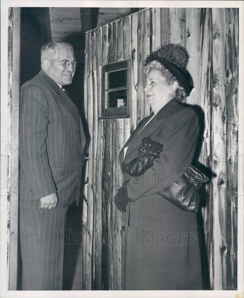 1948 Detroit, MI Mayor Van Antwerp & Mrs AW Humphrey Press Photo - Historic Images