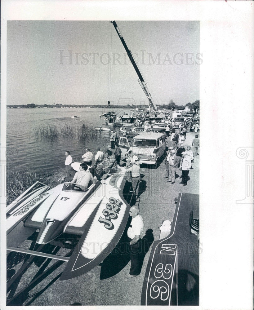 1980 St Petersburg, FL Southland Regatta, Boats Line Shore of Lake Press Photo - Historic Images