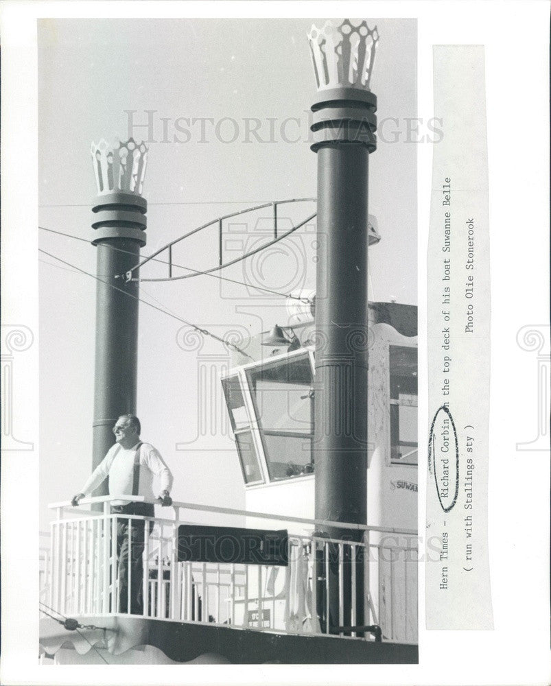 Undated Hern, Florida Richard Corbin on his Boat Suwanne Belle Press Photo - Historic Images