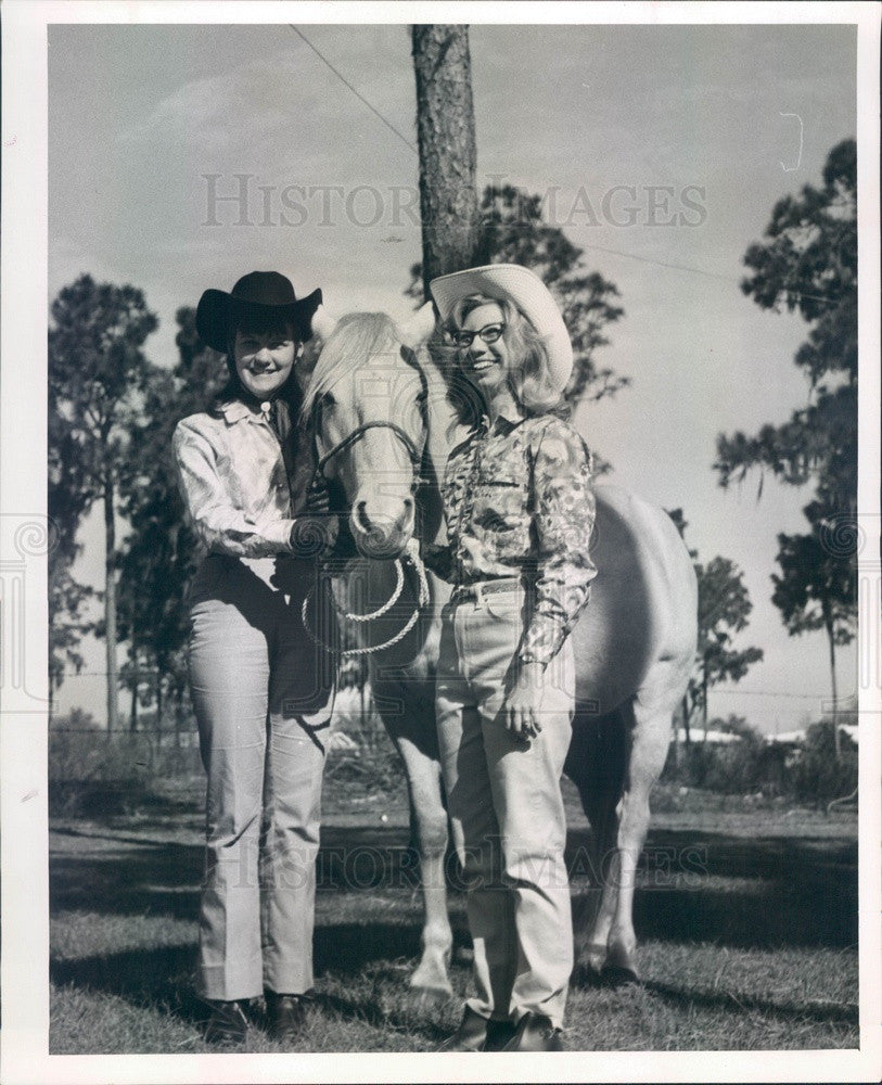 1966 Pinellas County, Florida Miss Rodeo Queen Contestants Press Photo - Historic Images