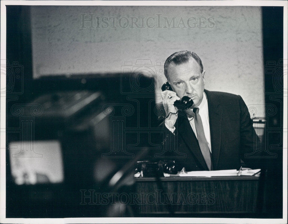 1967 Newscaster Walter Cronkite Press Photo - Historic Images