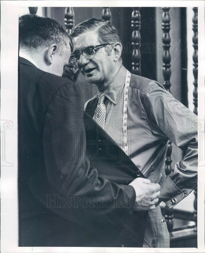 1969 Chicago, Illinois Tailor Saul Spencer Press Photo - Historic Images