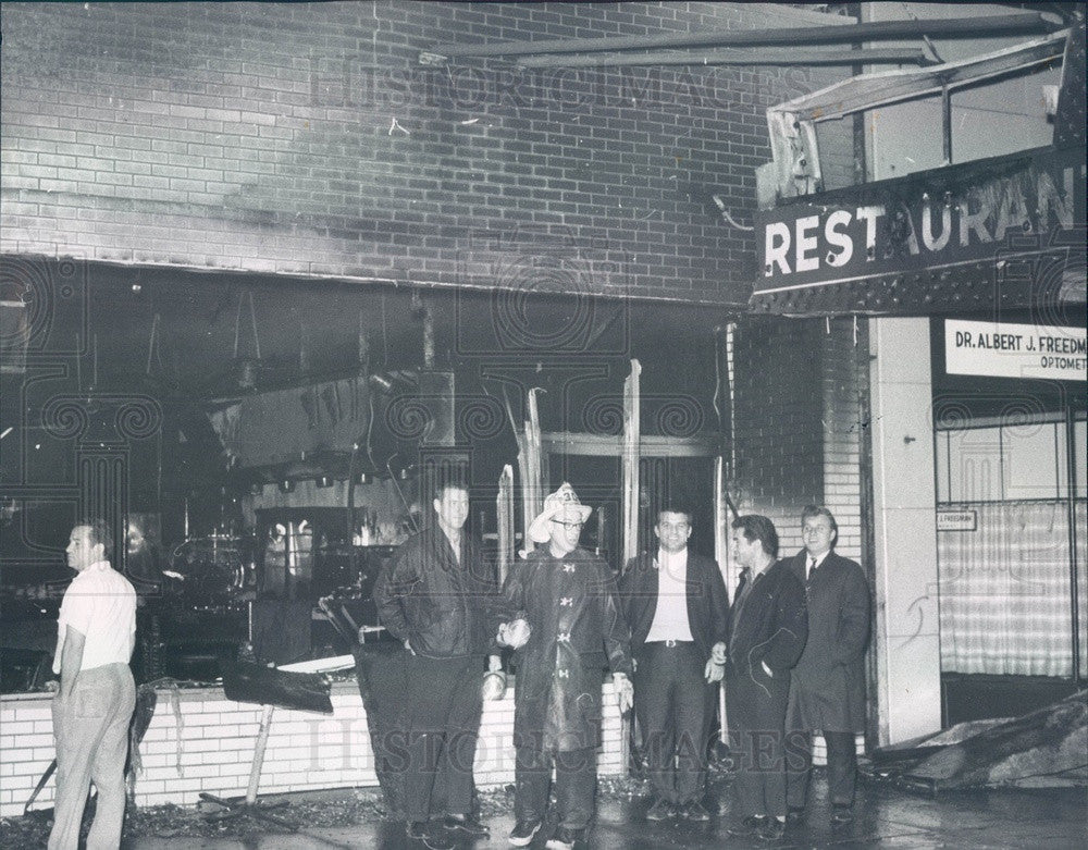 1967 Chicago, Illinois Tally Ho Restaurant Fire Damage Press Photo - Historic Images