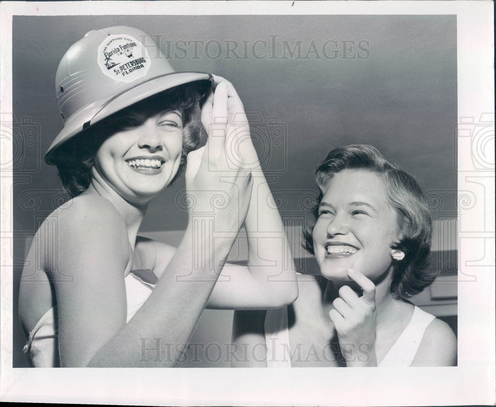 1956 St Petersburg, Florida Funtime Volunteer Pat McCabe Press Photo - Historic Images