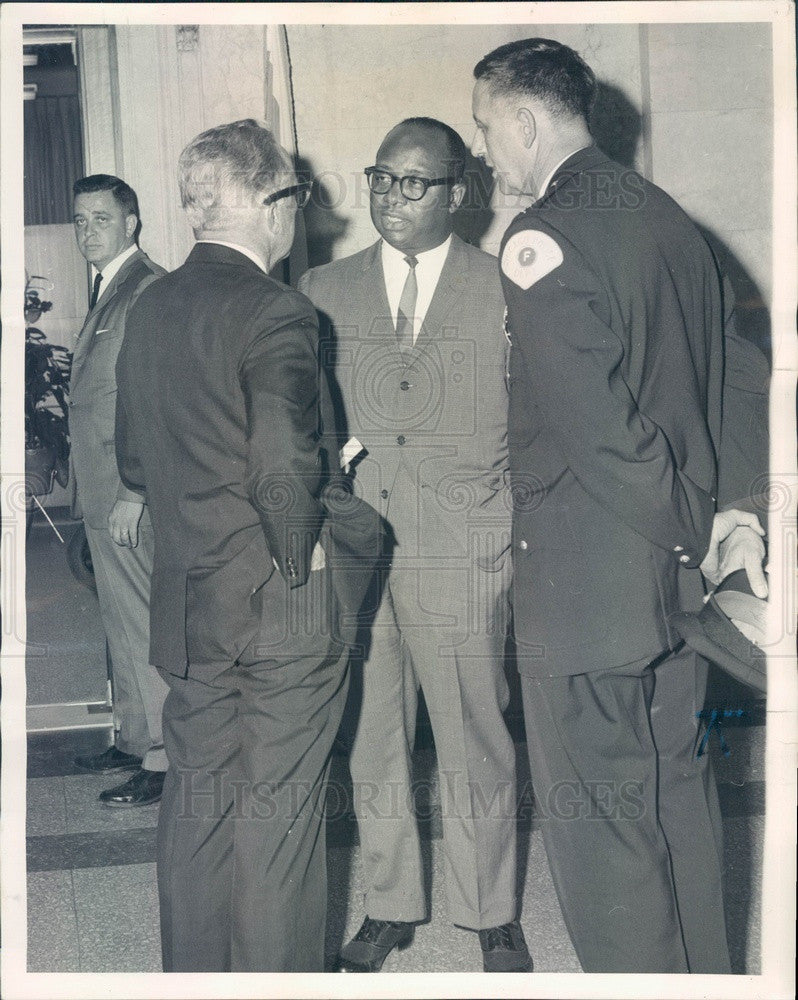 1965 Chicago, IL Deputy Supt Paul Quinn, Deputy Chief John Ascher Press Photo - Historic Images