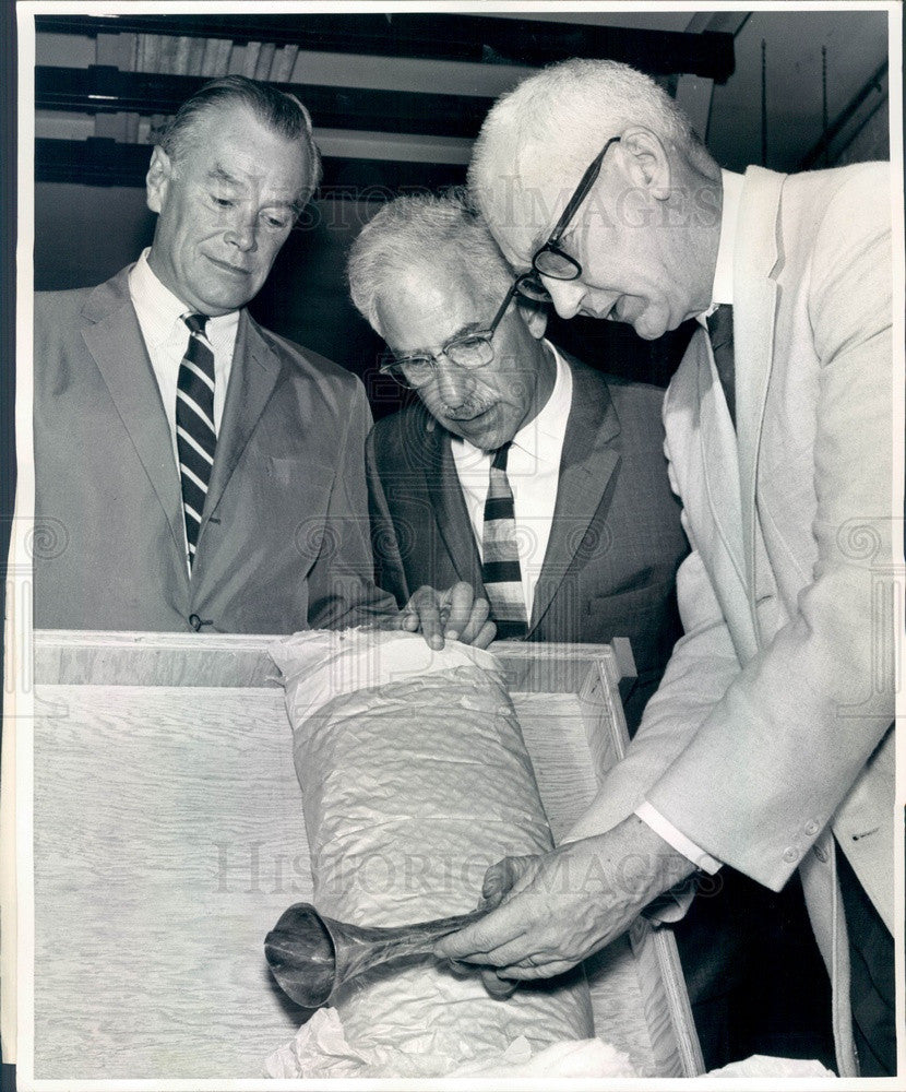 1964 Denver, CO Art Museum President Robert Silber, Otto Karl Bach Press Photo - Historic Images