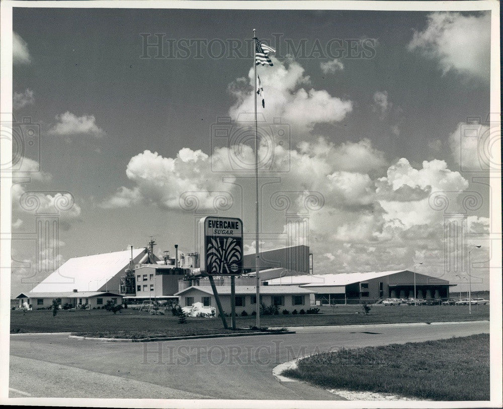 1965 Clewiston, Florida Everglades Sugar Refinery Plant Press Photo - Historic Images