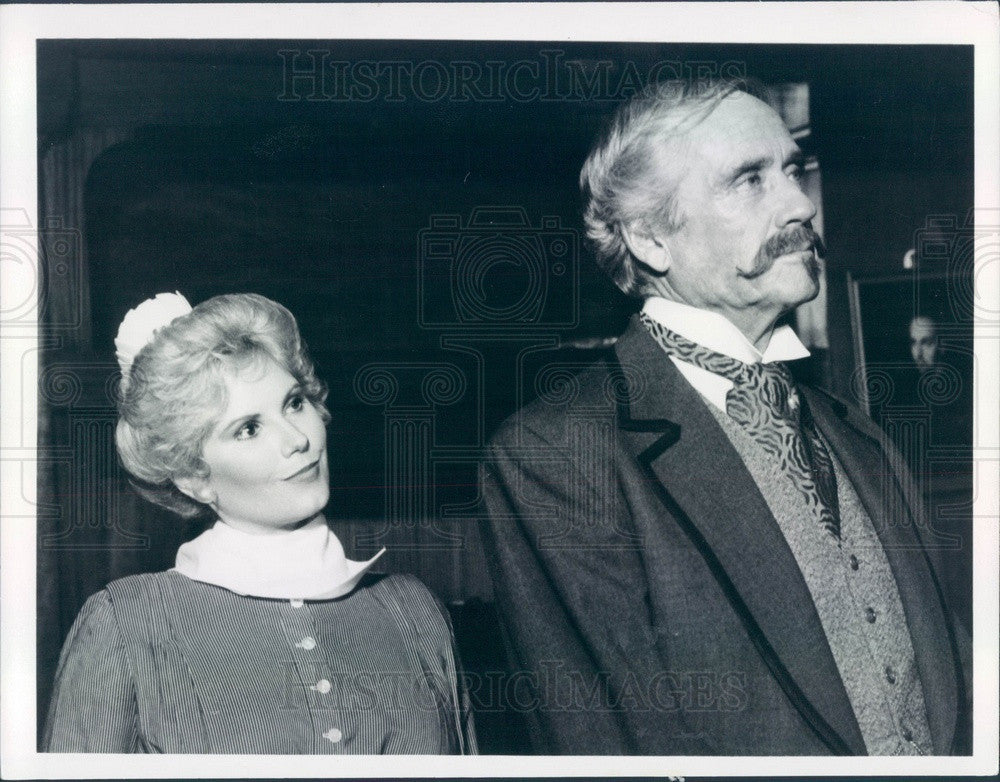 1982 Hollywood Actor Rita Jenrette/Mel Ferrer TV Show Fantasy Island Press Photo - Historic Images