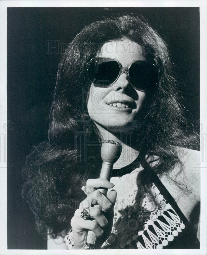 1981 Blind Singer/Song-Writer Karen Karsh Press Photo - Historic Images