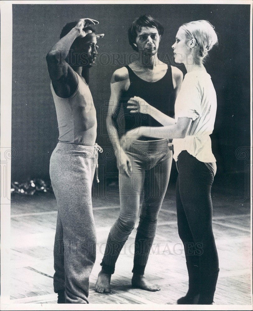 1968 Nikolais Dance Theater, American Contemporary Dancers Press Photo - Historic Images
