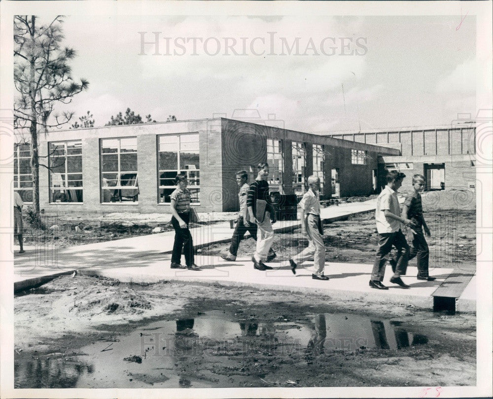 1960 Florida, Pinellas Park Jr High School Construction Press Photo - Historic Images