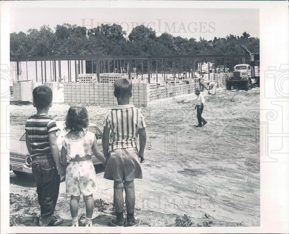 1965 Clearwater, Florida Plumb Elementary School Construction Press Photo - Historic Images