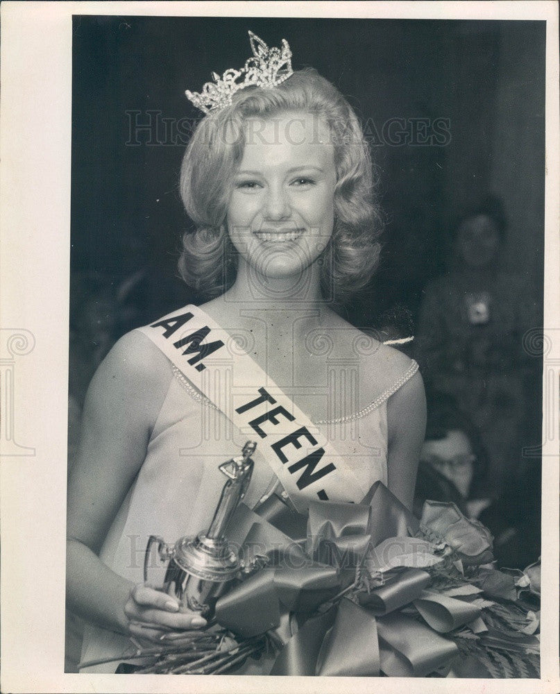 1967 Miss American Teenager of Florida Becky Hall Press Photo - Historic Images