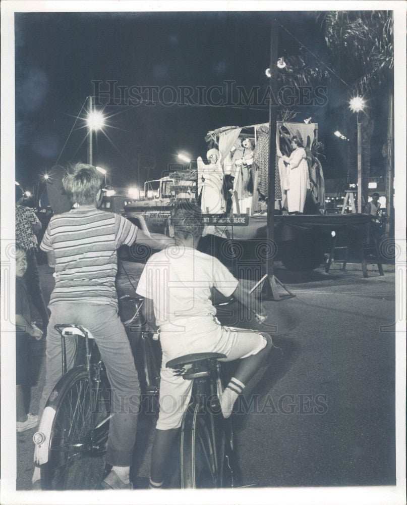 1964 St Petersburg, FL Caravan of Christmas Plays, Mobile Xmas Play Press Photo - Historic Images