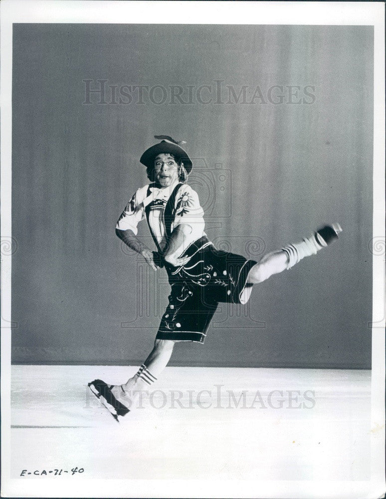 1971 British Comic Ice Skater Terry Head with Ice Capades Press Photo - Historic Images