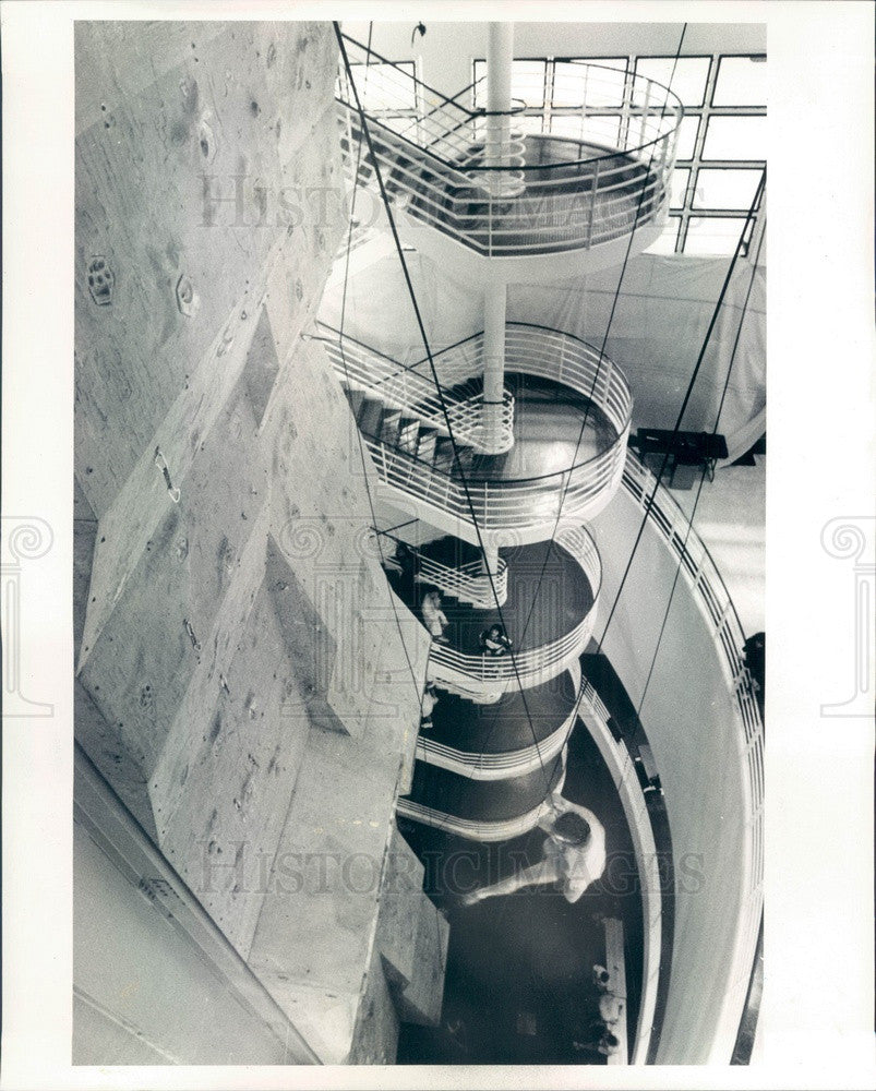 1990 Chicago, IL World's Tallest Indoor Rock Climb Mount Chicago Press Photo - Historic Images