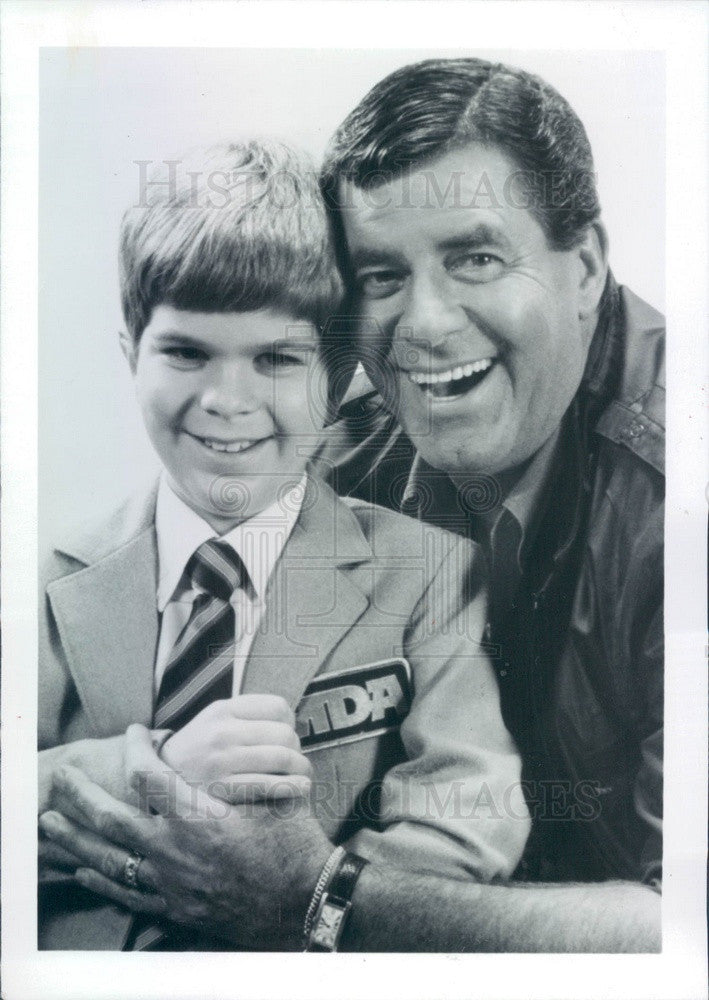 1988 Entertainer Jerry Lewis & MDA Poster Child Michael Neufeldt Press Photo - Historic Images