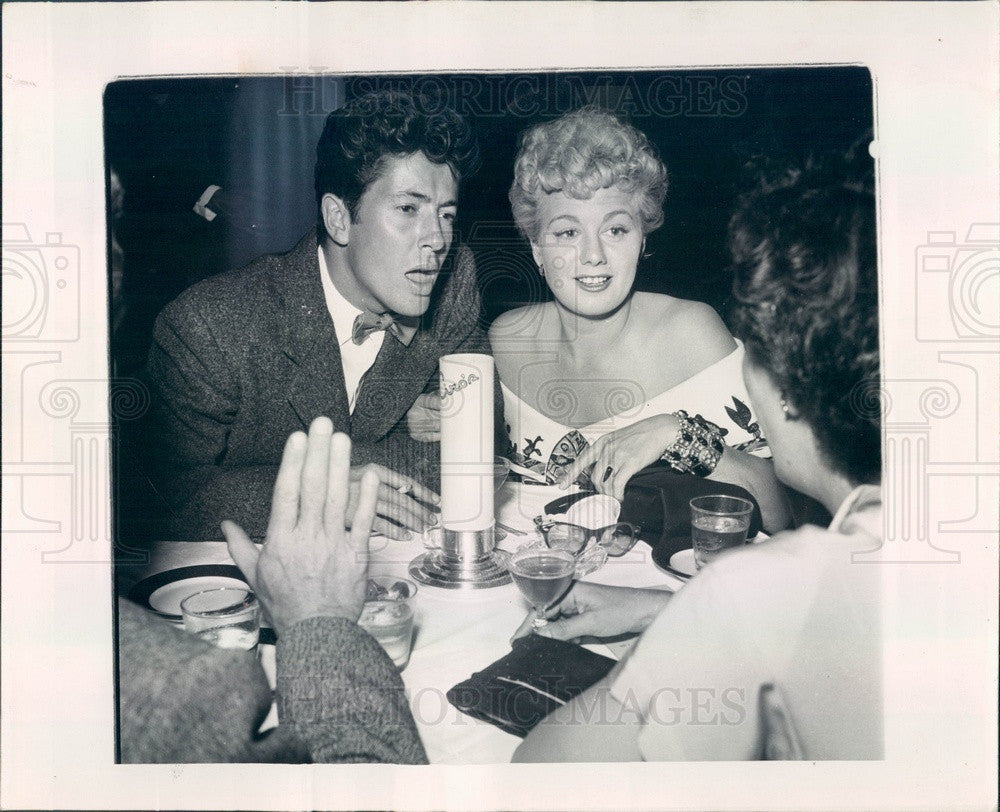 1950 Hollywood Actors Farley Granger & Shelley Winters Press Photo - Historic Images