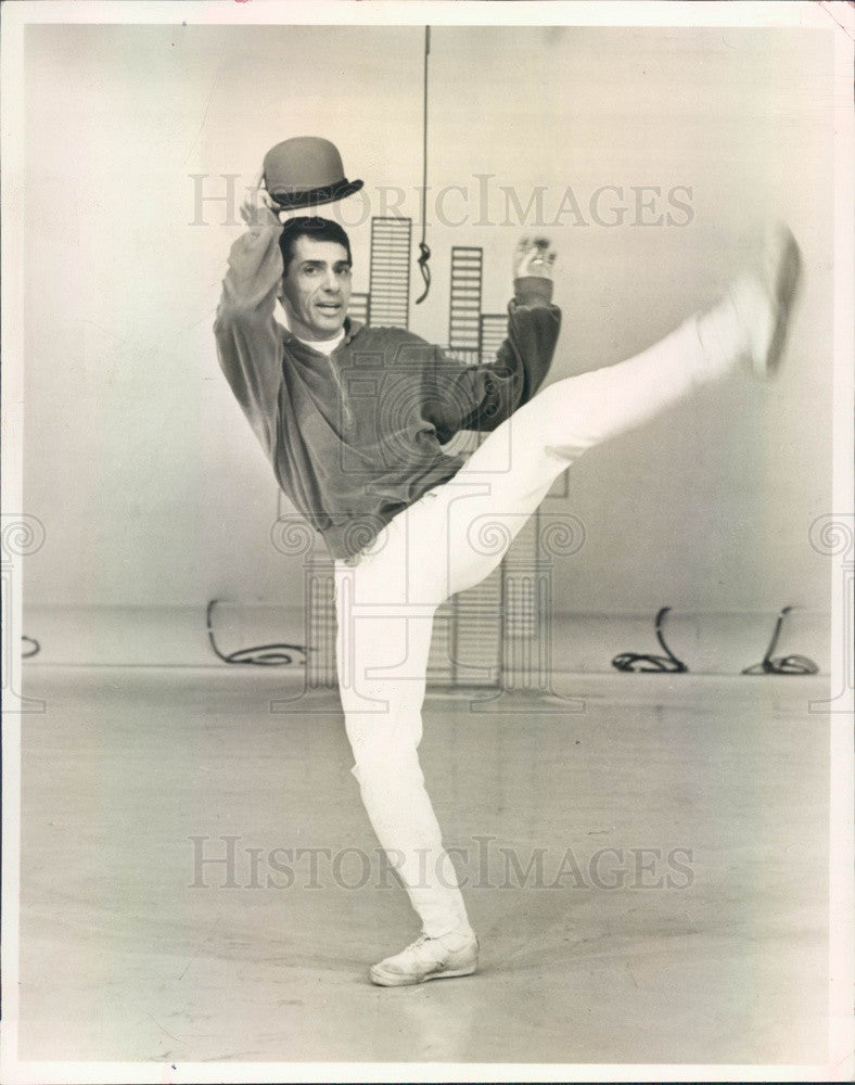 1966 Dancer Peter Gennaro on Perry Comos Kraft Music Hall Press Photo - Historic Images