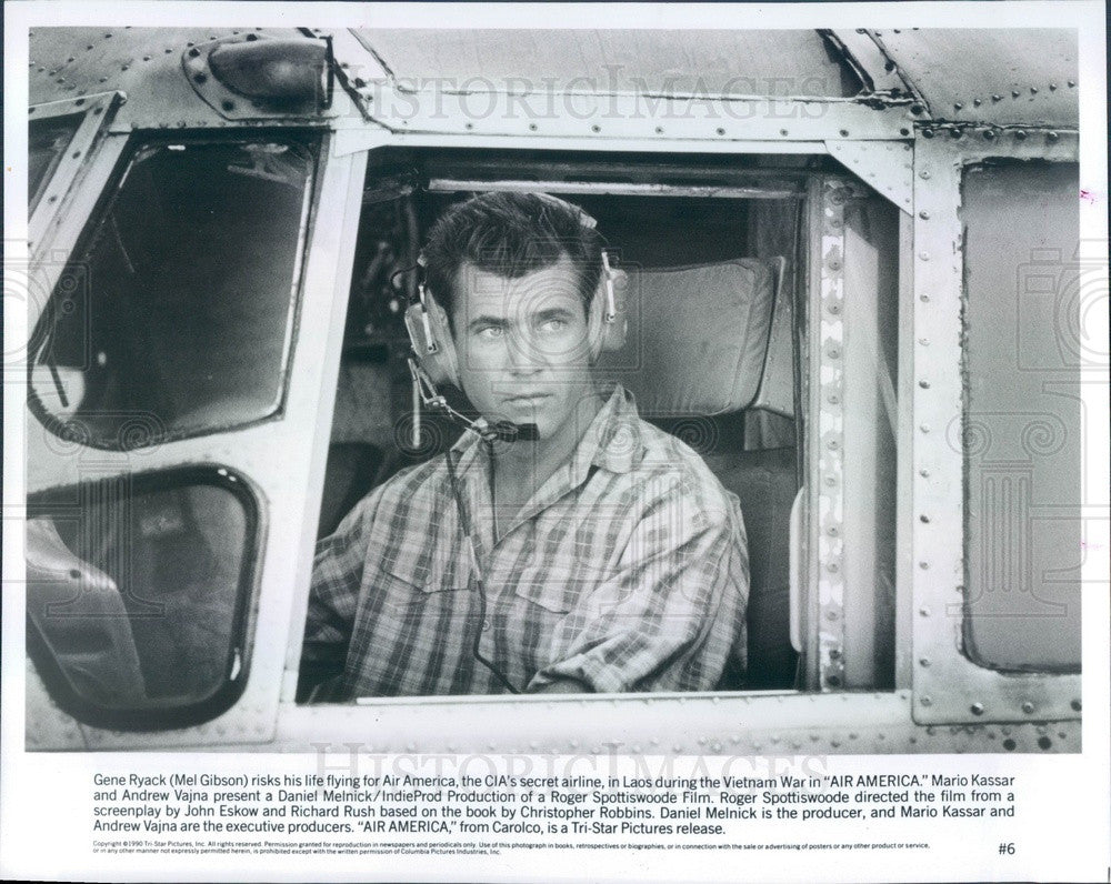 1990 American Hollywood Actor Mel Gibson in Air America Press Photo - Historic Images