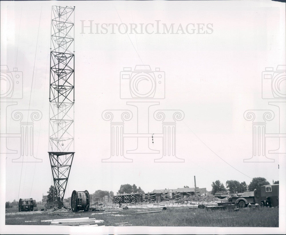 1954 Michigan, Detroit News WWJ-TV Transmitter, Antenna Construction Press Photo - Historic Images