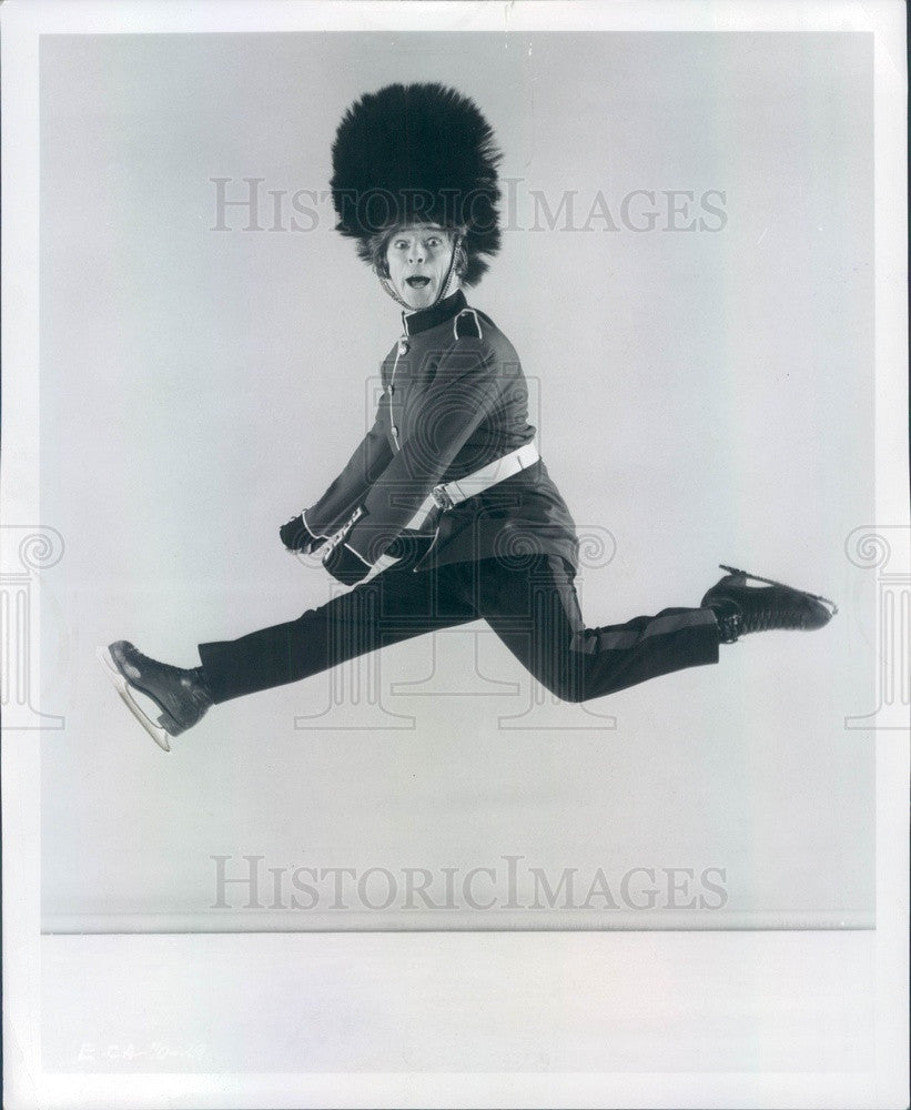 1970 British Comedic Ice Skater Terry Head Press Photo - Historic Images
