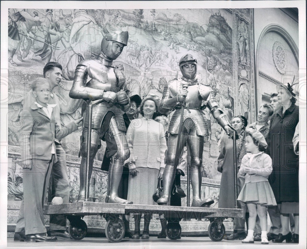 1950 San Francisco Art Museum, Knights In Shining Armor Press Photo - Historic Images