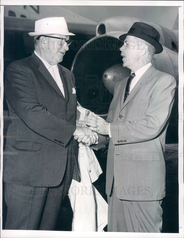 1964 Chicago, Illinois NASCAR VP Pat Purcell & Harry Coffman Press Photo - Historic Images