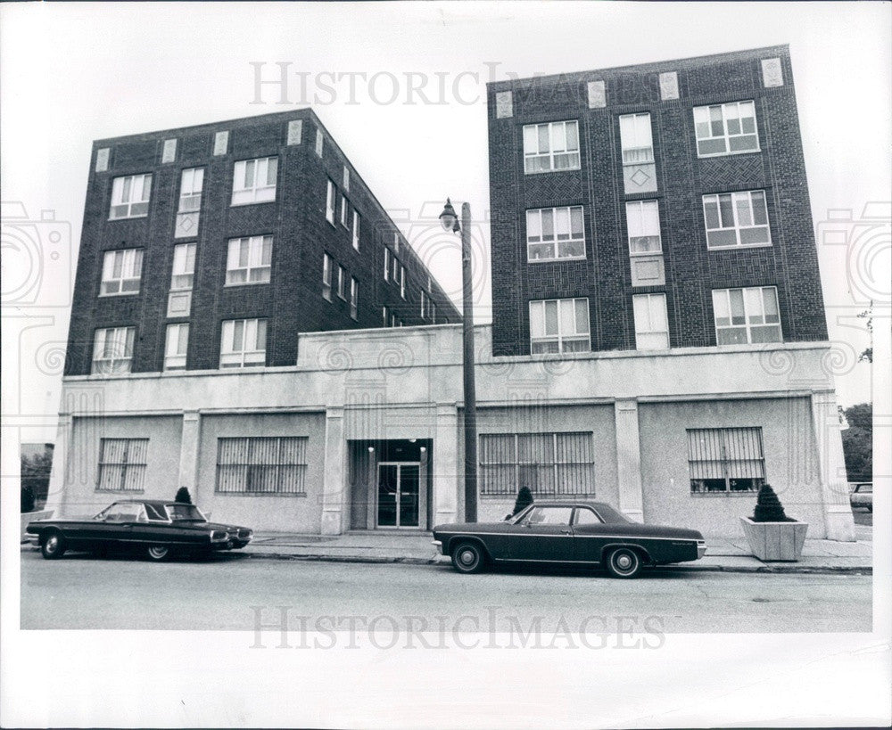 1974 Detroit, Michigan Field Avenue Apartments Press Photo - Historic Images