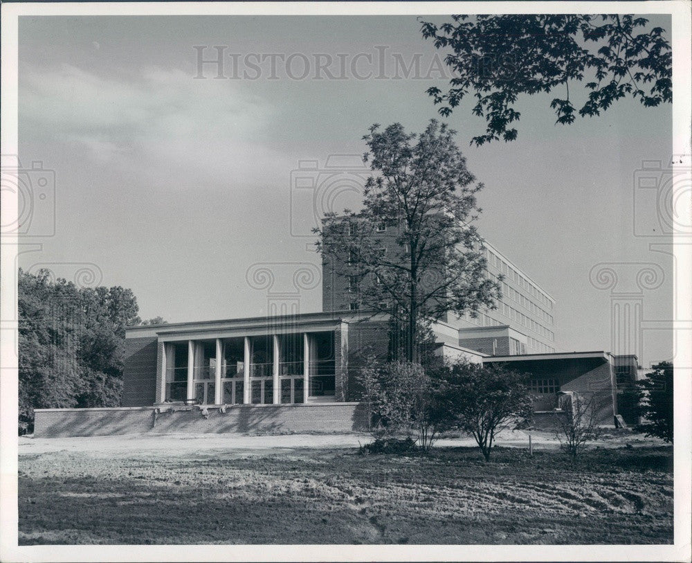 1951 East Lansing, MI Michigan State University Kellogg Center Press Photo - Historic Images