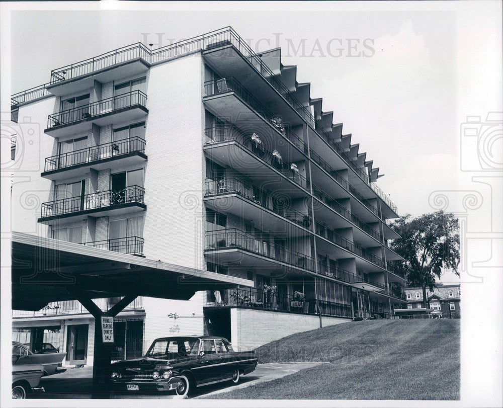 1964 Detroit, Michigan Casa Balcona Apartments Press Photo - Historic Images
