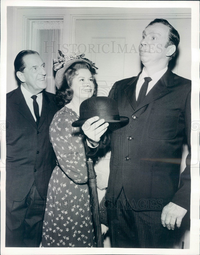 1963 Actors Slim Pickens/Stanley Holloway/Mary McCarty Press Photo - Historic Images